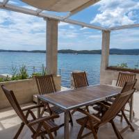Φωτογραφίες: Beachfront 4-bedroom villa Sea Wave in Orebic, Croatia, Orebić