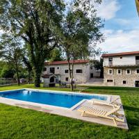 Hotel Pictures: Stara kuća Estate, Ljubuški
