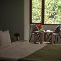 Фотографии отеля: Apricot Aghveran Resort, Арзакан