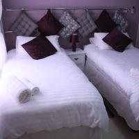 Foto Hotel: Apelles Palace Guest House, Gaborone