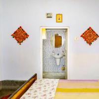 Hotellikuvia: Room in a homestay in Kolkata, by GuestHouser 14198, Kalkutta