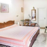 Foto Hotel: Room in a bungalow in Chandpole, Jaipur, by GuestHouser 9127, Jaipur