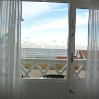 Standard Twin Room with Balcony and Sea View