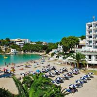 Hotel Pictures: 2U Playa Santandria Hotel - Adults Only, Cala Santandria