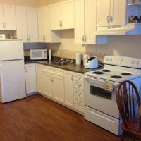 Hotel Pictures: Ashton Apartments, St. Johns
