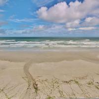 Fotos de l'hotel: Sea Coast Gardens III 403, New Smyrna Beach