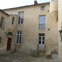 Hotel Pictures: Demeure Valeau du Rivage, Luçon
