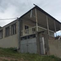 Hotellikuvia: Svarants Guesthouse, Goris