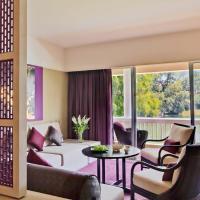 Laguna Premier Room