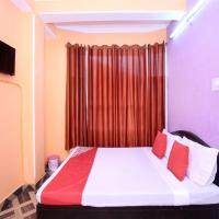 ホテル写真: OYO 13061 Home 2BHK Family Suite Shimla Regency Bharari, シムラー