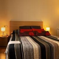 Hotel Pictures: Petit Hotel Rural Els Pampols, Porrera