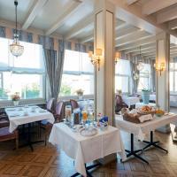 Hotel Pictures: Hôtel du Cheval-Blanc, Saint-Blaise