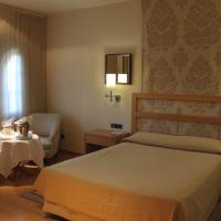 Double or Twin Room with Extra Bed (3 Adults)