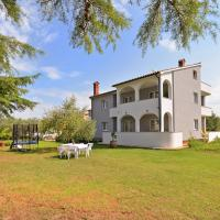 Hotellikuvia: Apartments Elizabeta 1701, Fažana