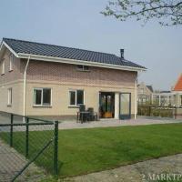 Hotel Pictures: Recreatiepark de Friese Wadden 14, Tzummarum