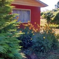 Hotel Pictures: Casa de Campo en Parcela, con áreas verdes, 4D2B, Valdivia