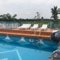 Hotel Pictures: Akosombo Continental Hotel, Akosombo