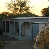 Hotellikuvia: Avondsrus Guesthouse, Karasburg
