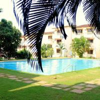 Hotel Pictures: B-30 Spacious 1BHK with Swimming Pool in Candolim, Calangute