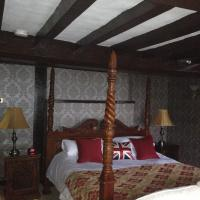Queen Margaret Room