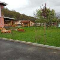 Hotellbilder: منزل جميل بمزرعة جميلة سراييفو, Hadžići