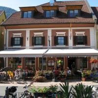 Hotel Pictures: Gasthof zum Goldenen Rössl, Sachsenburg