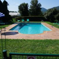 Hotel Pictures: Casa Rural Can Jepet, La Cellera de Ter