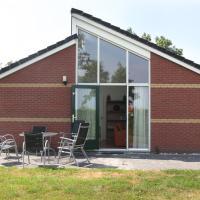 Hotel Pictures: Holiday home Recreatiepark De Friese Wadden 5, Tzummarum