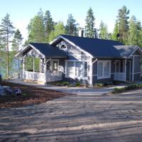 Hotel Pictures: Kohtalo Travel Villa - Pieksämäki, Mataramäki
