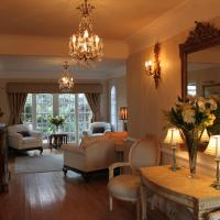 Hotel Pictures: CaldersCroft, West Kirby