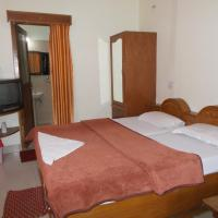 Hotel Pictures: Premier rooms with Rooftop Terrace Restaurant, Nainital