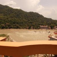 酒店图片: Rooms Facing Ganga, Rishīkesh