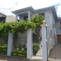 Hotel Pictures: Lá em Casa Hostel Pousada, Belo Horizonte