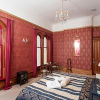 Spectacular Single Room with Shared Bathroom