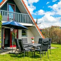 Hotel Pictures: 5 pers. Holiday home in a small bungalow park near the Lauwersmeer, Anjum