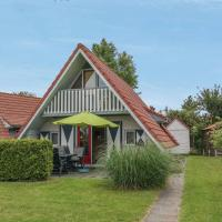 Hotel Pictures: 6 pers. holiday home with large garden, Anjum