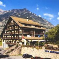 Hotel Pictures: Hotel Restaurant Les Barnieres, Guillestre