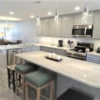 Hotel Pictures: Gulf and Bay Club- A604 Condo, Sarasota