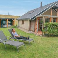 Hotel Pictures: 5 pers. holiday house Lauwersmeer, Anjum
