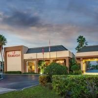 Zdjęcia hotelu: Ramada by Wyndham Orlando Florida Mall, Orlando