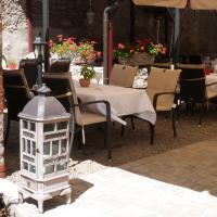 Hotelbilleder: Hotel Zeus zum Bären, Frickenhausen