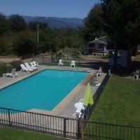 Hotel Pictures: Cabańas Mi Familia Lican Ray Villarrica Chile, Trape
