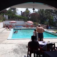 Hotellikuvia: Hotel Don Quijote, Coroico