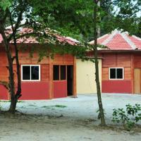 Zdjęcia hotelu: Srinidhi Wooden Cottage, Madikeri