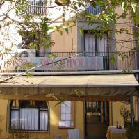 Hotel Pictures: Hostal Del Ripollès, Ripoll