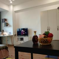 Φωτογραφίες: Nice One Bedroom Apartment Near High Railway Station In Apart House Above Yingtai City, Yuyao