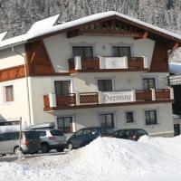Hotel Pictures: Haus Hermine, Umhausen