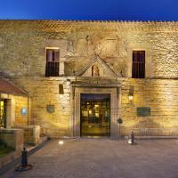 Hotel Pictures: Parador de Cangas de Onís, Villanueva de Cangas de Onís