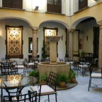 Hotel Pictures: Coso Viejo, Antequera