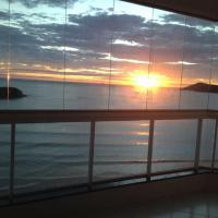 Hotelbilleder: Frente Mar Com Vista Espetacular, Balneário Camboriú